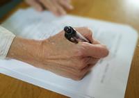 財産診断書、遺言書と民事信託の写真